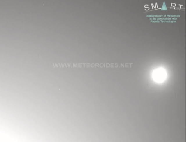 On Sept. 29, a few minutes after sunset (at 18:47 UT), a very bright fireball was witnessed over the South of Spain.