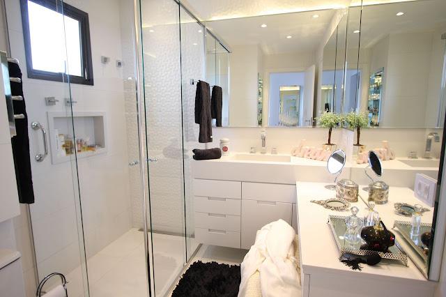 banheiro-com-penteadeira-decoração