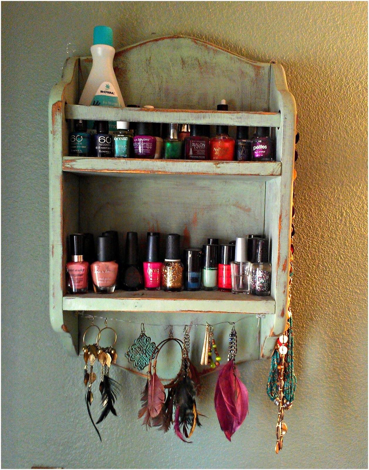 DIY nail polish holder - Melissa Kaylene