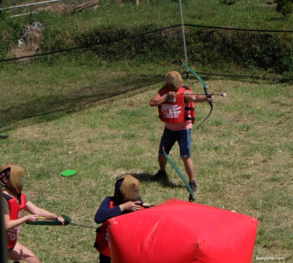 Aksi salah para pemanah saat Archery Battle