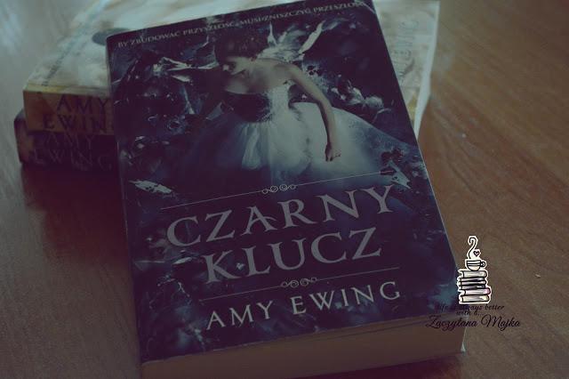 """Jestem Violet Lasting. Jestem paladynką - recenzja książki #186 - Amy Ewing """"Czarny klucz"""""""