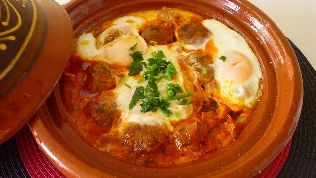 Tajine of Kefta and eggs