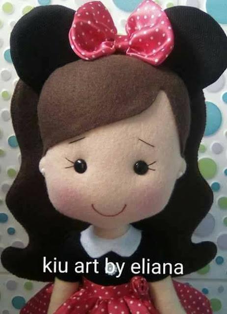 Molde de boneca em feltro