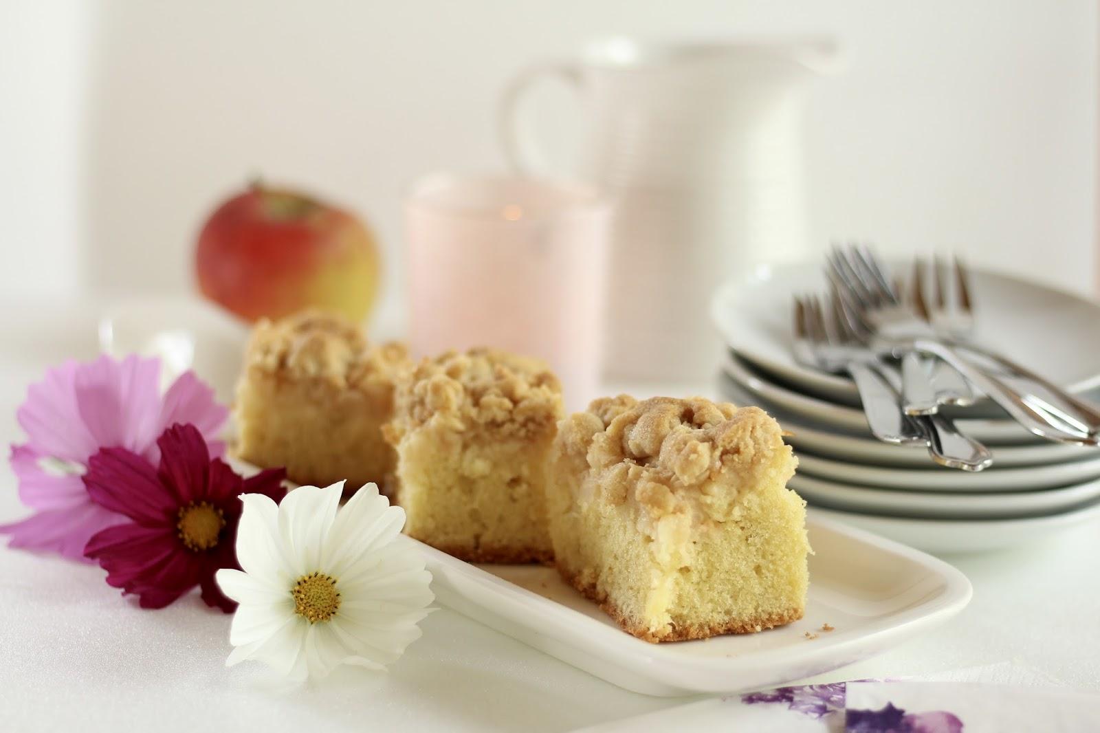 Saftiger Apfelkuchen mit Zimtstreuseln