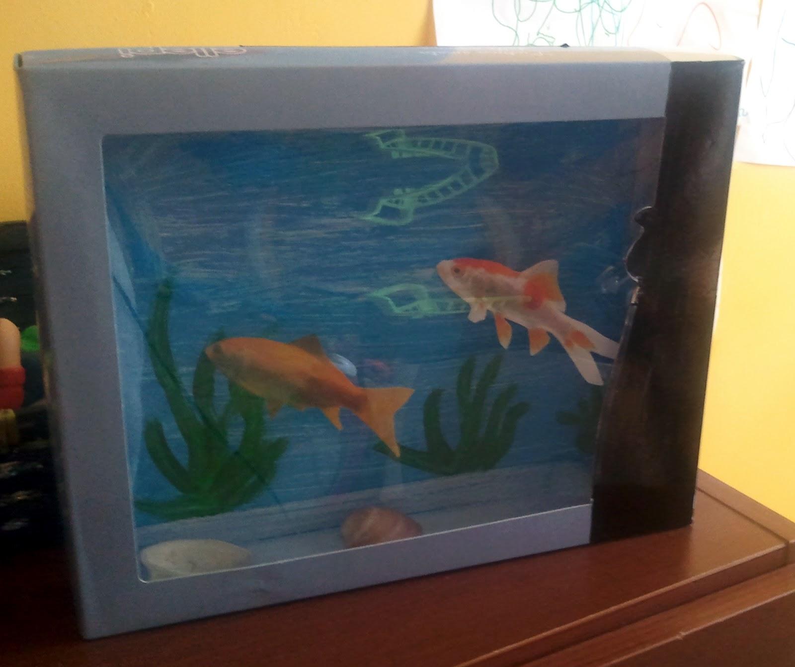 La girandolina finto acquario for Acquario arredamento