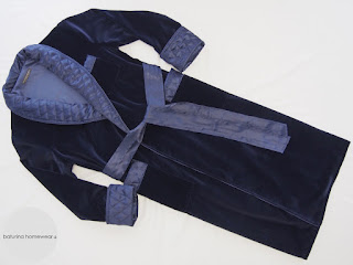 mens navy blue full velvet robe cotton-lined long dressing gown warm quilted silk shawl collar lapel gentleman housecoat classic