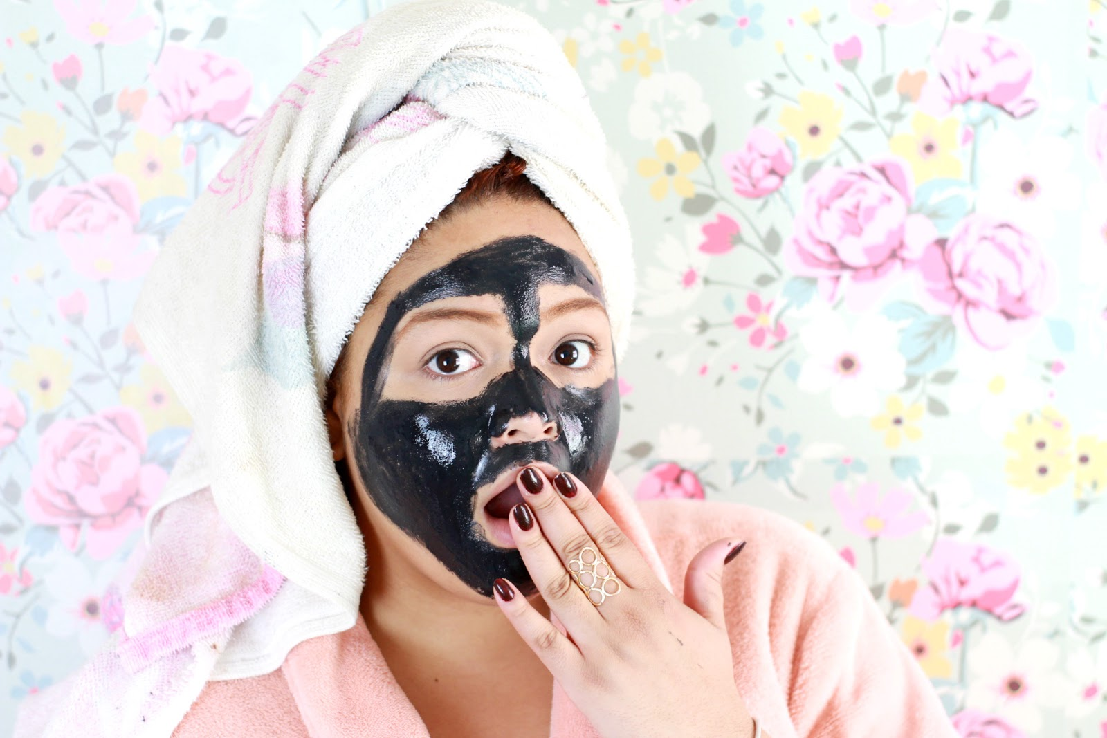 Mascara Preta Removedora de Cravos Shills