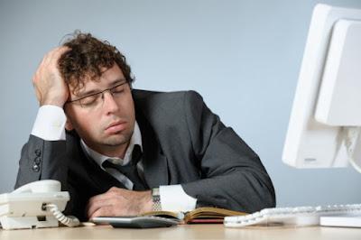 9 Tips Kurangi Rasa Kantuk di Siang Hari