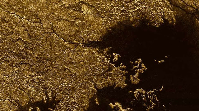 terdapat kehidupan di Titan