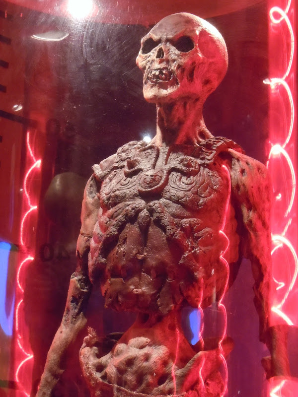 Army of Darkness animatronic zombie warrior