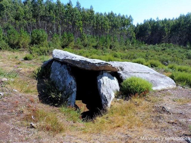 Dolmen Arca da Piosa, Vimianzo, Costa da Morte, Galicia