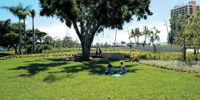Conheça o Arts Park at Young Circle em Hollywood
