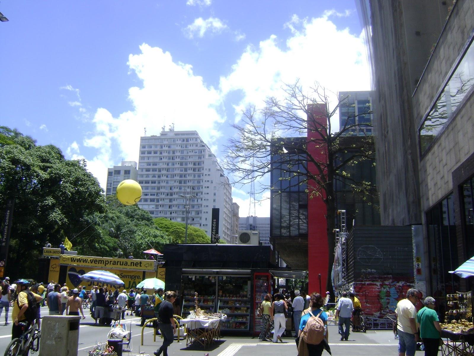 Domingo de manifestação na Paulista,Domingo de manifestação na Paulista,Domingo de manifestação na Paulista