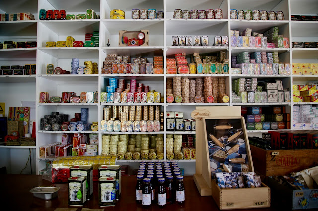tinned fish shop,, Lisbon, Portugal:  Pic: Keratin Rodgers/msmarmitelover