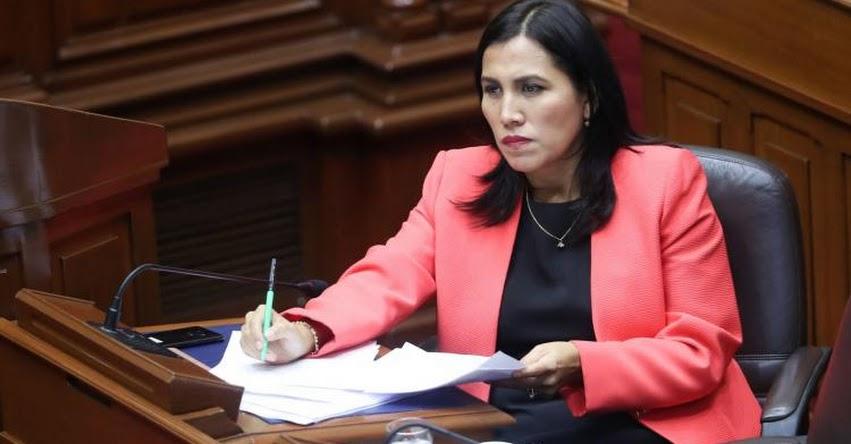 Ministra de Educación, Flor Pablo pide a Congreso trabajar juntos y no parar reforma educativa