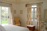 elección cortinas habitación