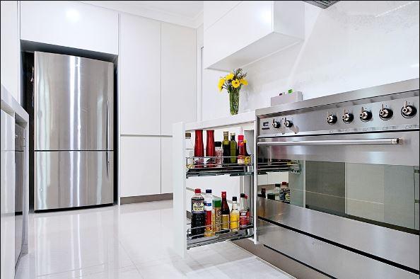 Phụ kiện tủ bếp chất lượng tốt nhất tại TPHCM