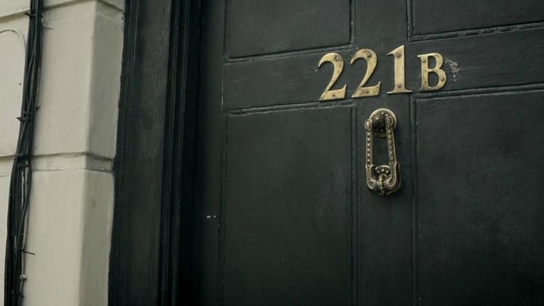 vem som bor på adressen
