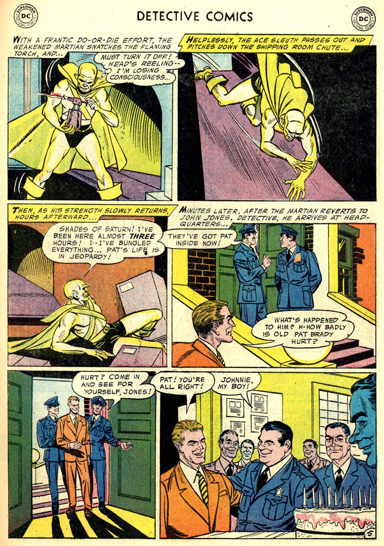 Read online Detective Comics (1937) comic -  Issue #240 - 30