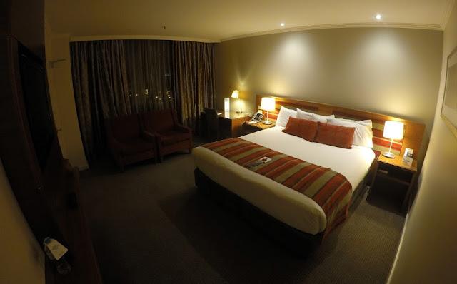 Melbourne Parkview Hotel Bedroom