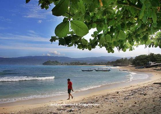 Pantai Walur, Destinasi Wisata Bahari Yang Sangat Eksotis Akan Pesona Alamnya