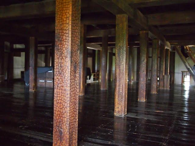 松本城 柱