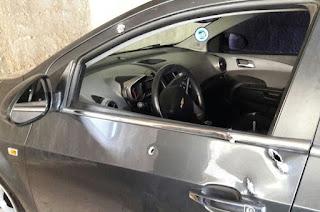 http://vnoticia.com.br/noticia/1509-pm-reage-a-assalto-e-troca-tiros-com-bandidos-na-entre-marataizes-e-presidente-kennedy