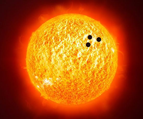 OVNIs no Sol - Imagem falsa
