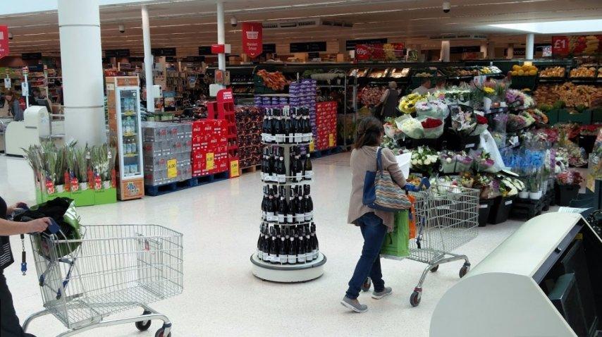 Un supermercado Tesco. FOTO: Especial