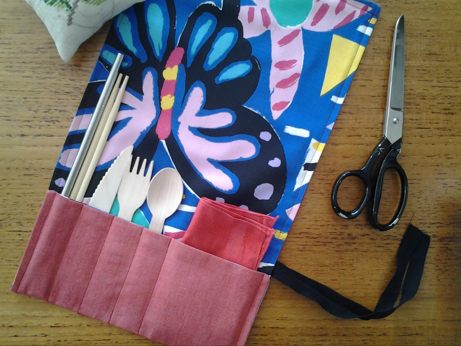 Cutlery wrap sewing tutorial