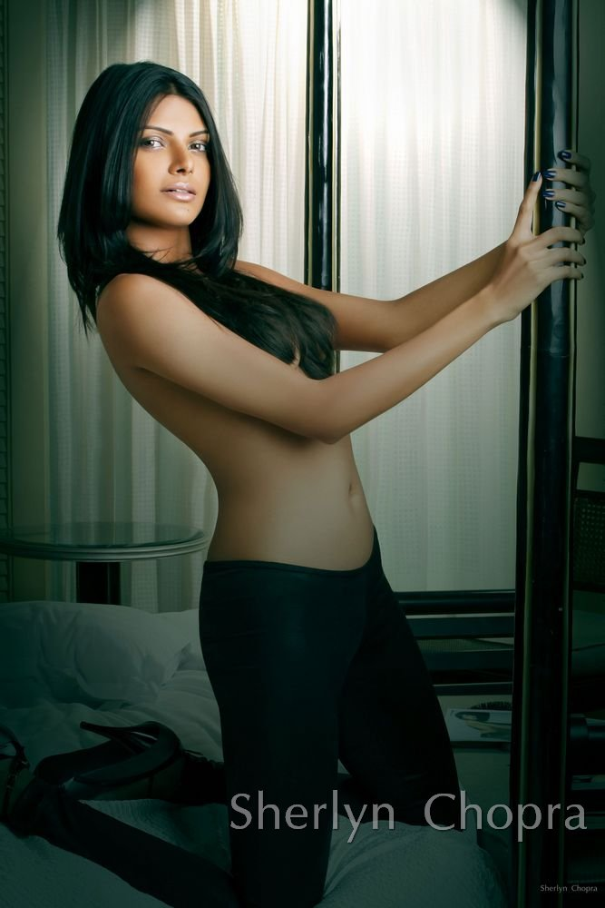 Best Sherlyn Chopra Naked Photoshoot Pictures