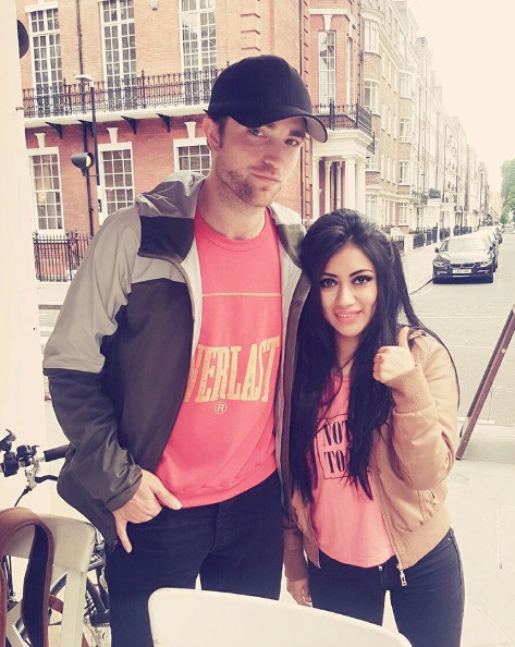18 Junio . Nuevas Fotos Fan de Rob en Londres, subidas a Instagram!!! (16 Junio 2016) 16%2BJunio%2B2016%2B-%2BLondres
