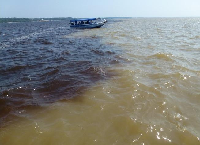 Rahman suresi deniz suları karışmaz ayeti