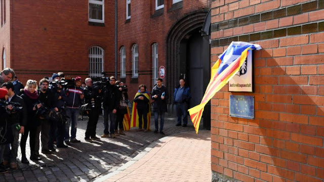"""""""Libertad de Puigdemont muestra el fracaso del Gobierno de Rajoy"""""""