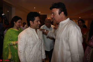 Sachin Tendulkar with his wife at Mata ka Jagrata hosted by Anu Malik 14.JPG