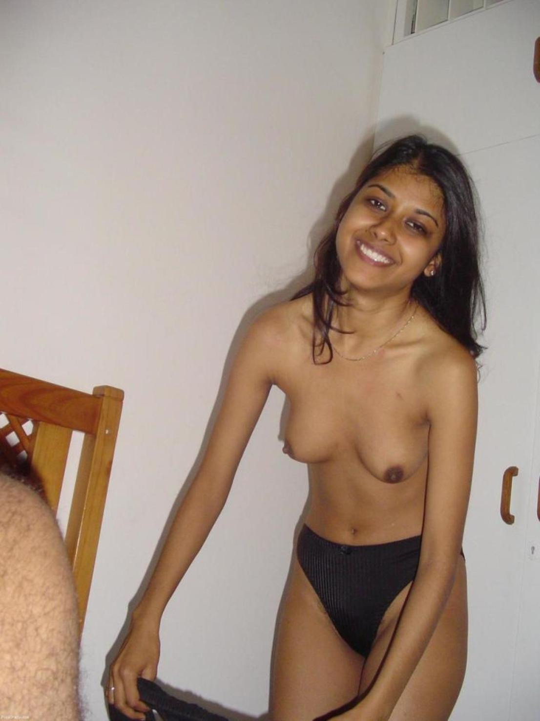 school girls posing nude