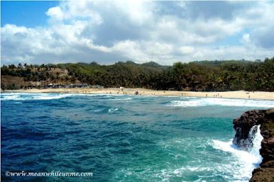 Pantai Pasir Putih Klayar Pacitan