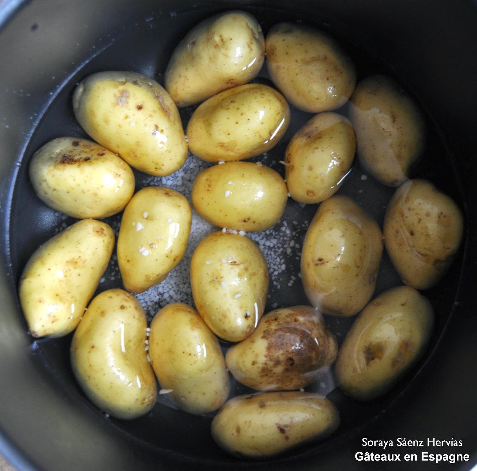 GÂTEAUX EN ESPAGNE: Recette de pommes terre au gros sel et