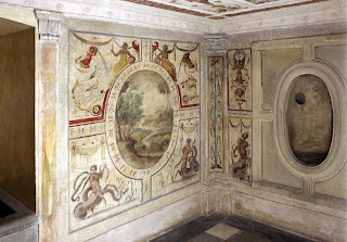 Photo of Vasari wall paintings