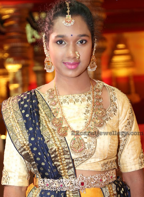Lakshmi Guttapusalu Set and Diamond Waist Belt