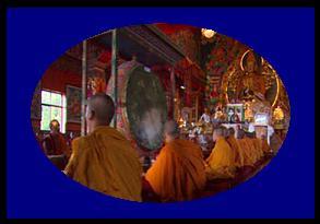 पूजा में पीले रंग के कपड़े क्यों पहनना चाहिए? Puja me yellow color ke kapde kyo pahanante  hai?