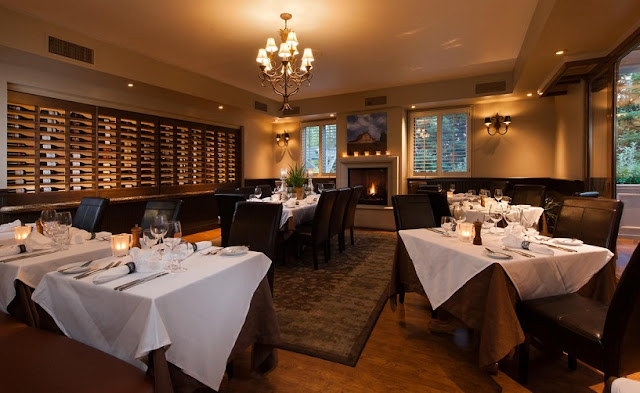 Restaurante Saddles Steakhouse em Sonoma