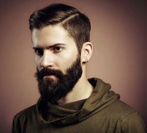 hombre con su barba grade les gusta