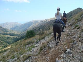 Albania, Riitta reissaa, Horsexplore, Caravan Trail
