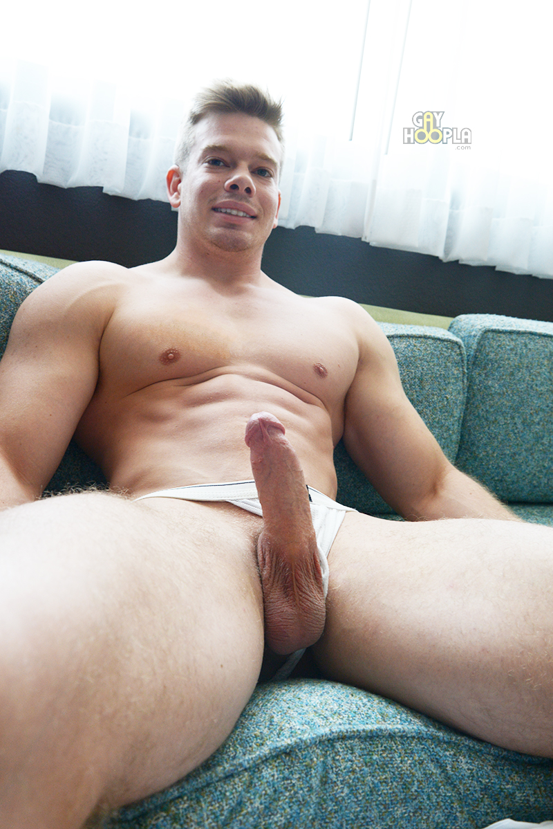 Big juicy cocks college hunks gay okay so 10