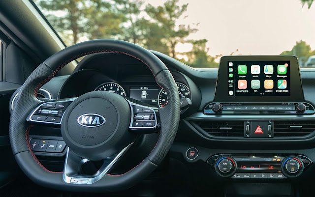 Kia Forte5 / Cerato Hatch 2020 - interior