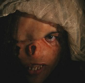 Albino Farm-filmesterrortorrent.blogspot.com.br