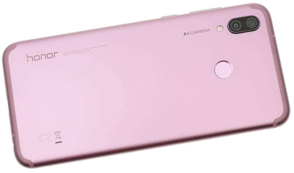 The Huawei Honor Play Pink Color.