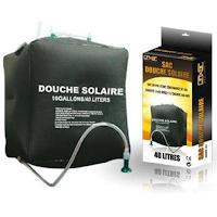 Un sac de douche solaire pour le camping ou la maison