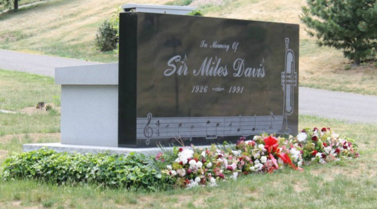 A Vintage Nerd, Silent Film Stars Graves, Woodlawn Cemetery, Vintage Blog, Where Old Hollywood Stars are Buried, Miles Davis Grave